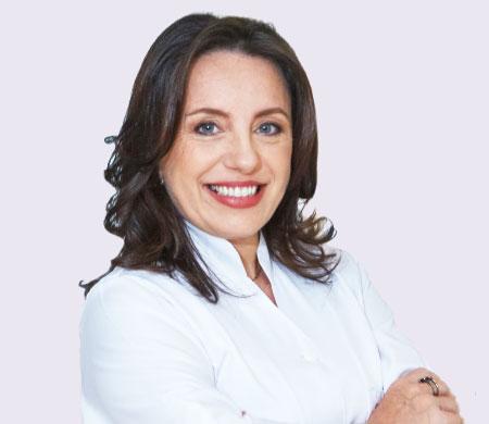 Dra. Cristina de Novile