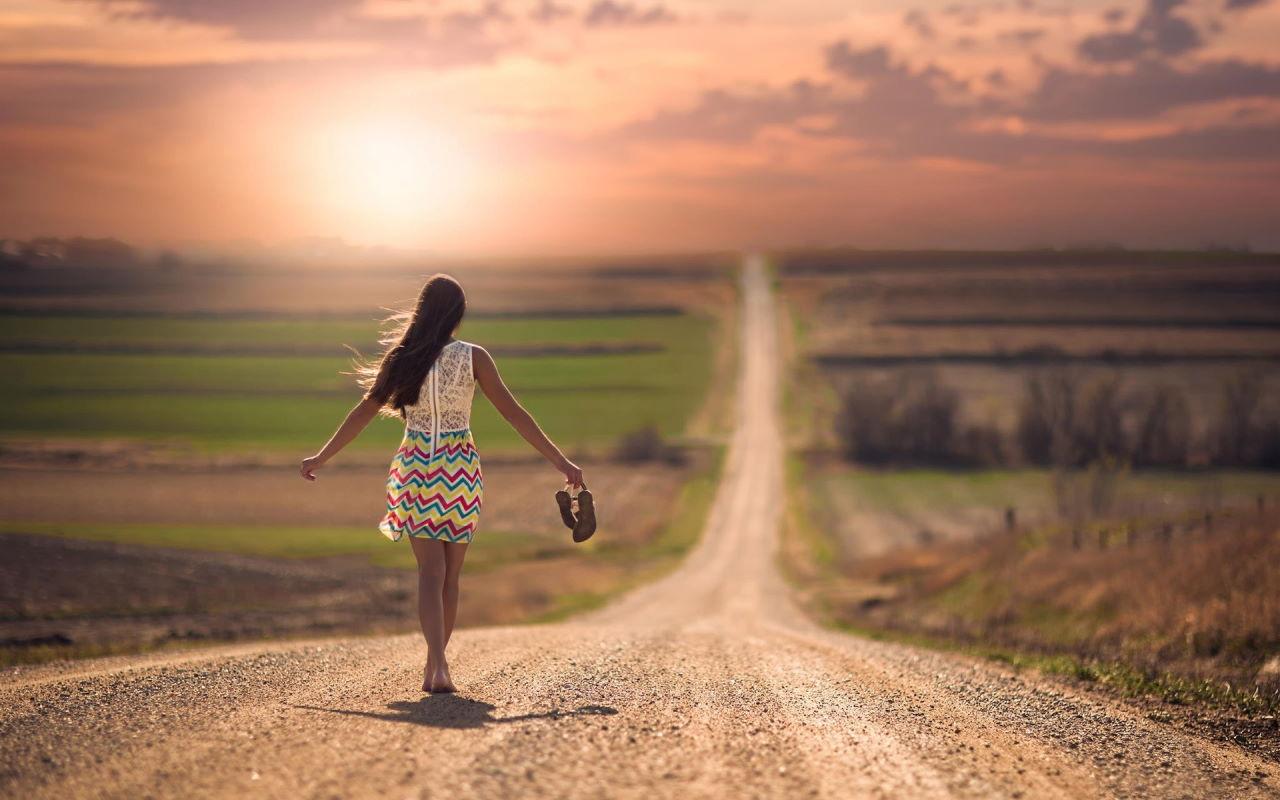 mulher caminho